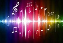 Passioni / «Ma la malinconia ci rivela come in essa la musica trascini con sé motivi di acuta sofferenza; e questo perché il suo ascolto richiama alla memoria le ore trascorse in una Stimmung, in uno stato d'animo, di perduta serenità» (Eugenio Borgna - La solitudine dell'anima - 2011)