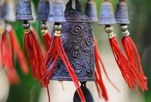 Windchimes, Bells and Such / by Teresa Searson
