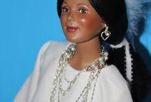 Fashion Dolls and Fashionably Dressed Dolls / Fashion Dolls and Fashionably Dressed Dolls
