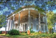 MANSIONS & PLANTATIONS✿⊱╮ / LET'S MAKE THIS ONE STUNNING..LOOKING FOR SOUTHERN MANSIONS IN THE USA, AS WELL AS PLANTATIONS.