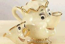 Teapot and Cups (Bules e Xícaras)