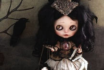 Beautiful Blythe dolls / by Think Pink!