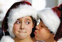Kiss under mistletoe / Kiss under mistletoe