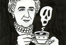 Agatha Christie / 108 Agatha Christie kitabım var ve hala içinden kaçı birbirinin aynı, hangisinin orijinal adı ne keşfedemediğim bi yirmi belirsiz var... yine de Tutku bitmiyor. İlk okuduğum kitap ceset dedi ki Evans bu arada..