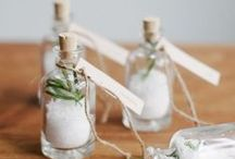 Cadeaux d'invités / Wedding favors / Ideas of gifts and favors for your guests. More on www.placedumariage.fr