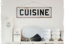 La cucina felice / Cocinas, muebles de cocina, sillas, estantes...cosas bonitas