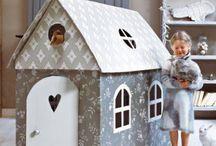 Doll houses / Casitas de Muñecas