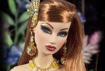 Barbie portréty / obličeje panenek Bárbi z blízka