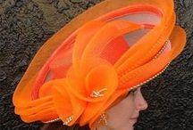 v oranžové,lososové a korálové / vše v oranžové,lososové a korálové barvě