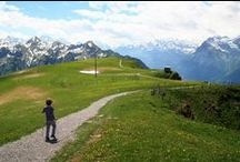 Family Hikes Switzerland / Hiking trails in Switzerland suitable for families