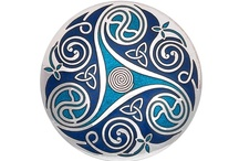 Celtic Jewels / Celtic jewelry with enamel, handmade. No tax charge.