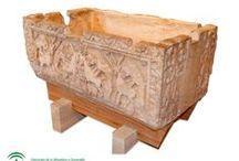 La Pieza del Mes / Cada mes se muestra una pieza diferente seleccionada de la colección estable del museo de la Alhambra.