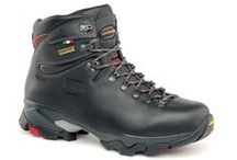 Backpacking / Mountain boots for long trekking with heavy backpacks. Very stable also on uneven terrains. Total comfort.