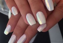 Nails / by Monica Sabatelli