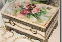 Cajas de madera / Técnicas  decorativas, decoupage / by rosalba saldarriaga