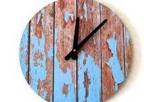 ClocksInHarmony / Several clocks with nice color or pattern