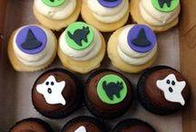 Halloween/Autumn / http://thecupcakeshopperaleigh.com/cupcakes/