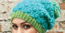 Вязаные шапки, шарфы