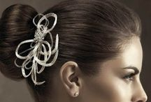 Wedding Accessories-WedMe Pretty / Elegant collection of bridal accesories for all bridal styles. Whether is be earrings, hair clips and veils, you're sure to find something that'll inspire you.