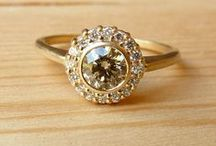 || engagement rings under $2000 || / Take up some real estate on your finger - curated by, www.littlebirdtoldyou.com