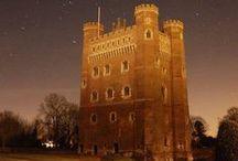 Tudor Castles, Manors, Homes etc. / Beautiful images of Castles, Manors, Homes, Halls etc. belonging to the Tudor period.