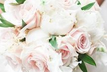 Beautiful Wedding Floristry Floral Arragements / Gorgeous wedding flowers and bridal bouquets. Wedding flowers ideas, with inspiration for centerpieces and bouquets. From bridal bouquets to button holes, these will add a touch of sophistication to your big day.