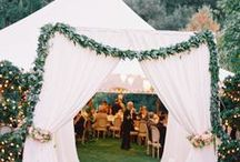 Marquee Wedding Decoration Ideas / The venue of your event is undoubtedly the most important aspect. Summer marquee weddings can be spectacular – if you get your planning right! Marquee wedding venues are ideal for larger weddings and are fully customisable - allowing you to create you perfect venue. Here are our wedding marquee ideas and how to choose the right style for your wedding reception.