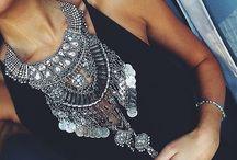 STYLE: bijoux.