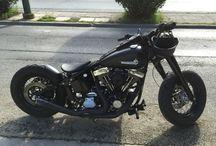 Harley-Davidson Bobber / Custom Motorcycles