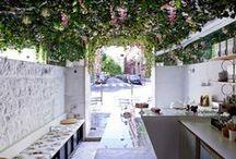 | Restaurants /Cafes