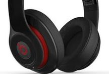 Pick the Perfect Headphones! / Everyone could use a good pair of headphones -- whether you're a DJ, audiophile, or simply a music lover. In this guide, we've picked our favorite DJ headphones, studio monitor headphones, audiophile headphones, noise-cancelling headphones, sound-isolating headphones, earphones and earbuds, and accessories like extender cables, adapter plugs and headphone amps.
