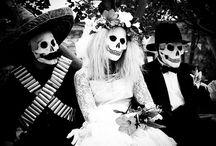 Muertos / by Samantha McLemore