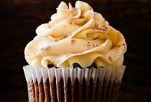 Cupcakes! / These tiny little packages of heaven are always the hit of the party. Here are some fun ideas to spice up your favorite cupcake creations.