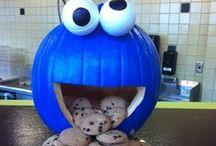Halloween Spoooks / by Jamie Dettling
