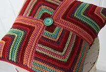 Almofadas, Pillows / by Ro Jk