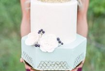 c a k e / Let them eat cake! These sweet creations are easy on the eyes and make me hungry every time.  More cake please.