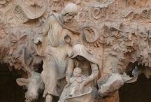 Antoni Gaudi' / Sagrada Familia