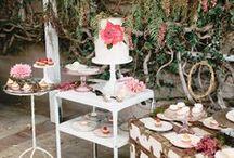 Sweet table | Słodki stół weselny / Więcej wyjątkowych inspiracji na słodki stół znajdziesz na: www.dream-design.pl