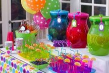 Party Ideas / Party and Entertaining ideas! / by Diana Hanstead