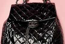 BAG MANIA / by Tamara Champlin