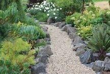 Boulders / Boulders make wonderful feature stones and are a great addition to a landscape, whether in the great outdoors or in your back garden