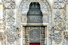 Istanbul and its fabulous mosques / I loved our trip to Istanbul in almost every way, its amazing mosques, the jewels in the Topkapi Palace, baklava like you've never tasted before....the colours, the smells, the detail, a total feast for every sense