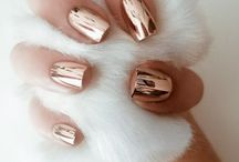 Nails / Simple, classic, beige, white, nudes, pinks, pastel, coffin, almond