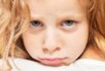Prikkelgevoelige kinderen / Hoogsensitieve kinderen schrikken vaak heel snel en dat wordt nog wel eens onderschat. Ze kunnen prikkelmijdend of prikkelzoekend zijn.
