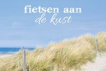 Fietsen aan de kust / Fietsen langs de kust betekent fietsen met de wind door de haren. Aan de Belgische en Nederlandse kust kun je genieten van zee, duinen, strand, grootste Deltawerken, sfeervolle vissersdorpen en prachtige kustplaatsen. Hieronder een selectie van mooie fietsroutes langs de kust. Meer routes vind je op www.route.nl/Duinen-en-strand/. Of download de gratis route.nl fietsroute-app op www.route.nl/app.