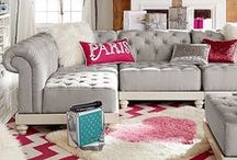Teen Room Charcoal + Fuchsia + Gray / Decor ideas for a teen girl's bedroom in gray tones, fuchsia, and gold accents