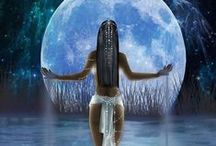 Queen of the Moon / by Caroneisha Dixon