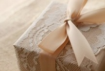 { Take it with You } Wedding Favors and Gifts / Ideas for wedding favors and gifts for your guests and bridal party.