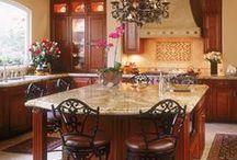 Classic Kitchens / Kitchen design ideas using tile