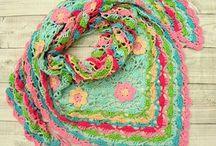Crochet Scarf / Gehaakte shawls
